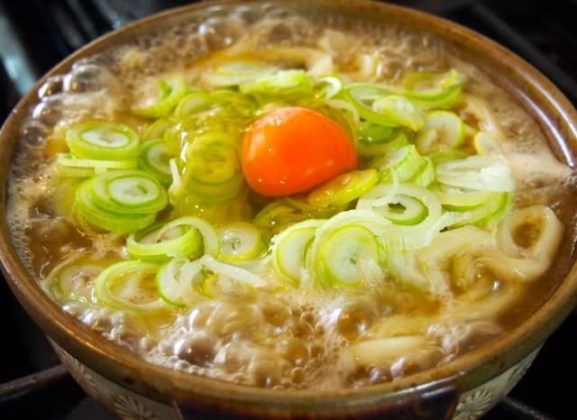 日常の食(鍋焼きうどん、塩むすび、卵おじや、酸辣湯麺)